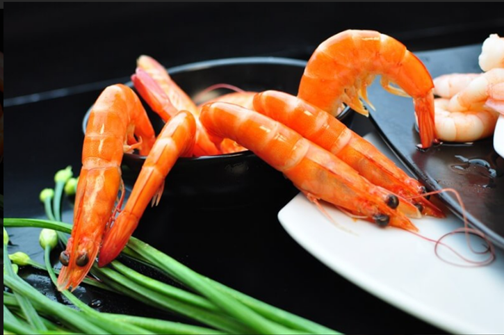 Cooked Whole Prawns